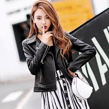 2019 high brands black motorcycle pu jacket elegant punk printing slim short faux leather jackets autumn new women biker jacket hot from insideseam