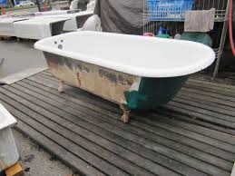 6footclawfoottub painting a clawfoot tub omega salvage com
