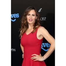 Shop Black Friday Deals on Jennifer Garner At Arrivals For Nine Lives  Premiere Tcl Chinese 6 Theatres Los Angeles Ca August 1 2016 Photo By Priscilla  Grant - Overstock - 24365608