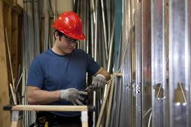 Construction Electrician Become An Electrician In Bc Electrician Careers
