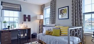 college apartment bedroom decorating ideas. Exellent Bedroom College Apartment Decor Decorating Ideas Apartmentguide  On Bedroom R