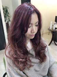 ピンクベージュがヘアカラーにおすすめブリーチなしの髪色で女子を