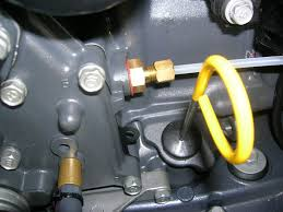 2010 f115 analog gauge wiring yamaha outboard parts forum the other gauge i am confused about is the tach oil and temp warnings i have a harness for the tach which goes from the engine to the tach