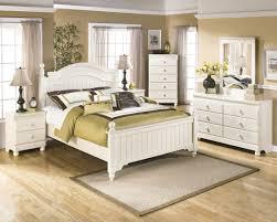 Bedroom Sets At Ashley Furniture Ashley Furniture Cottage Retreat Poster Bedroom Set Best Priced