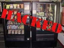 How To Get Free Chocolate From A Vending Machine Best How To Hack A Vending Machine 48 Tricks To Getting Free Drinks