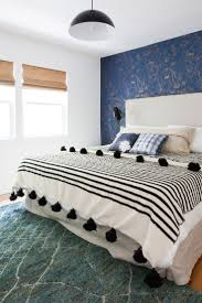 Light Blue Wallpaper Bedroom 17 Best Ideas About Blue Wallpapers On Pinterest Screensaver