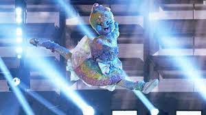 Последние твиты от the masked dancer (@maskeddancerfox). The Masked Dancer Finale Reveals Identity Of The Final Three Celebrities Cnn