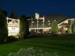 Northern Lights Lodge Stowe Vt Commodores Inn In Stowe Vt Room Deals Photos Reviews