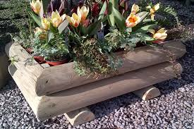 garden log planter small bampton devon 1024x682 garden log planters small