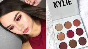 KYLIE COSMETICS THE BURGUNDY PALETTE ...