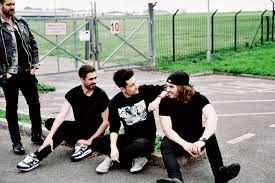 Bastille Charts Bastilles Dan Smith Its Surreal Beating Lily Allen And