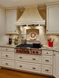 NKBA 2013 Kitchen: Simply Stylish