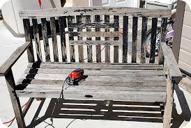 striped garden bench makeover spray