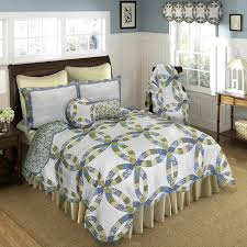 arcadia wedding ring quilts throws shams pillows and accessories by donna sharp