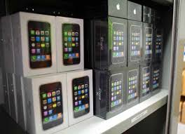 AtT Vending Machines Adorable IPhone 48GS Drops To 4848 At ATT Target And Apple Apple Gazette