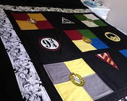 Harry potter quilt | Etsy & Harry Potter Quilt - Hogwarts House Quilt - Deathly Hallows - Griffindor -  Slytherin - Hufflepuff Adamdwight.com