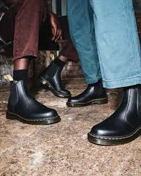 Shopstyle is a smart shopping platform where you can discover the latest fashion trends and shop from over 4,500 designer retailers from over 1,400 stores across the world. Womens Chelsea Boots Leather Chelsea Boots Dr Martens Official