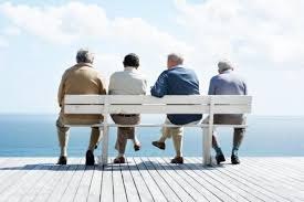 Image result for vui vẻ khi về hưu già
