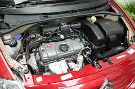 File:Citroën C3 TU3 engine.JPG - Wikimedia Commons