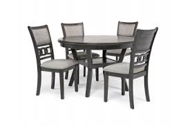 gia round table with 4 chairs in gray