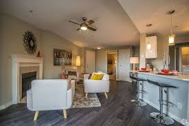 Overlook At Lakemont Apartments Bellevue WA Apartments Delectable 2 Bedroom Apartments Bellevue Wa Decor Painting