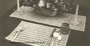Free Crochet Placemat Patterns Fascinating Placemat Runner And Glass Jacket Pattern Free Crochet Pattern