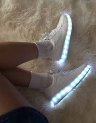 fluo shoes led