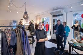 Eerste Modewinkel In Wageningen Die Volledig Duurzaam Is Foto