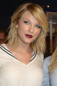 taylor swift s greatest hair beauty moments