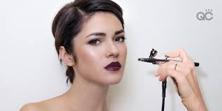 airbrush makeup artistry to apply foundation