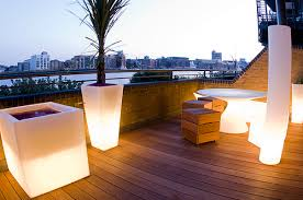 Small Picture The Funky Roof Terrace Garden by Earth Designs wwwearthdesigns