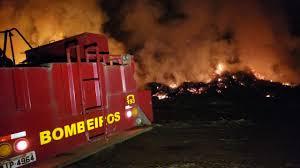 Incêndio em galhadas no Horto Municipal de Campo Mourão mobiliza Bombeiros