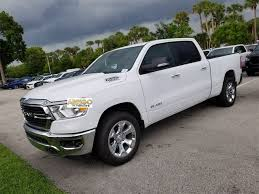 New 2019 Ram 1500 BIG HORN / LONE STAR CREW CAB 4X2 6'4 BOX For Sale/Lease Fort Pierce, FL | VIN: 1C6RREMT7KN858366 | Stock# 590965