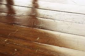 white scuff marks on wood floors3072 x 2048