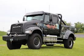 Mack Trucks riding in Rolling Thunder to honor fallen U.S. service ...