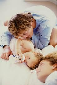 Детские молочные смеси виды ассортимент и отзывы мам В 2011 году программой Контрольная закупка была проведена народная и профессиональная экспертиза детских молочных сухих смесей марок hipp friso