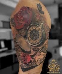 Tatuaggio Orologio Leone Sul Braccio Tatuaggio