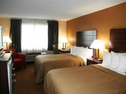 hotel double bed size. Modren Hotel Quality Inn Hotel In Sturtevant Full Size Double Bed Room For Hotel D