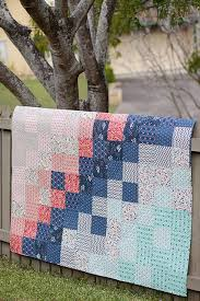 40+ Free Baby Quilt Patterns | FaveQuilts.com & Easy Baby Quilts for Beginners Adamdwight.com