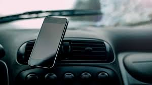 The 5 Best <b>Car Phone</b> Mounts (2020 Review)