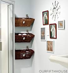 bathroom wall decorating ideas. Brilliant Decorating Awesome Cool Diy Bathroom Wall Decor Ideas Inside Decorating T