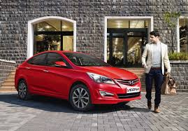 Hyundai Verna Photo Gallery Engine And Mileage