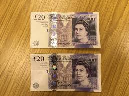Fake 20 Pound Note Under Uv Light More Shops Hit By Fake 20 Note Scam Can You Tell The