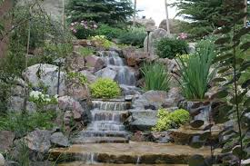 incorporating a water feature as part of a retaining wall photo 2