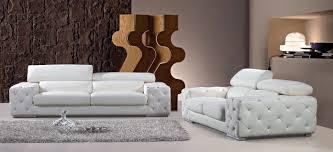 Image of: White Leather Tufted Sofa Set