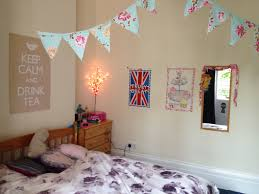 remarkable ways to decorate your bedroom with paper 10 easy and fun