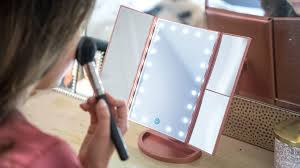 the best lighted makeup mirror