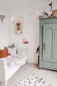 Painted Bedrooms 17 Best Ideas About Painting Kids Rooms On Pinterest Chalkboard