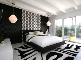 Entdecken sie unsere große auswahl an schlafzimmer komplettangeboten! Schlafzimmer Schwarz Weiss 44 Einrichtungsideen Mit Klassischem Look