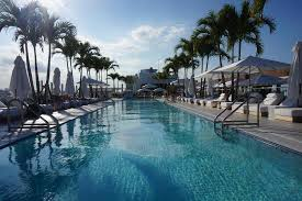 1 Hotel South Beach: Rooftop Pool The 1 Hotel
